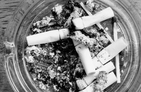 el tabaco es causa de muerte y enfermedad