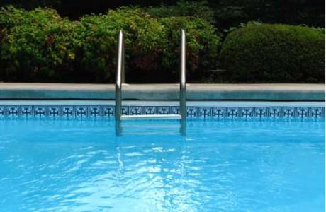 la natación mejora tu gestación