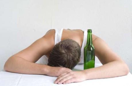 El alcohol en menores no es normal
